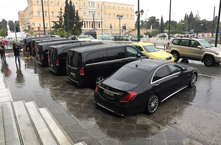 GBRoadshow LuxuryCars